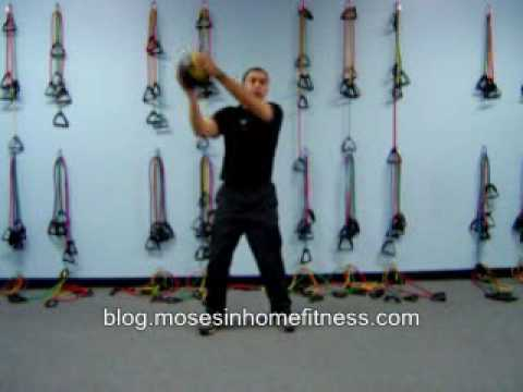 Core training exercises with a medicine ball Image 1