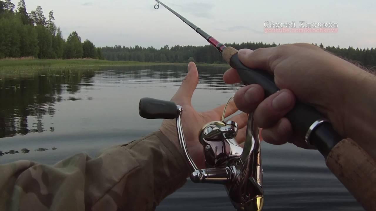 ловля щуки на спиннинг летом на озерах видео