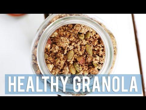 HEALTHY GRANOLA RECIPE + 5 WAYS TO EAT IT