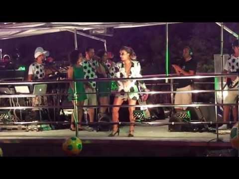 Claudia Leitte no Largadinho Domingo - Inventando Moda - Carnaval Salvador 2013