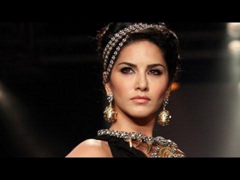 Sunny Leone's Deleted Sex Scene  V s Pole Dance  - Uncensored video