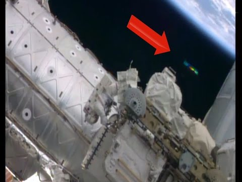 WOW!! UFO Sightings UFOs Visit ISS During Space Walk! OCT 7, 2014