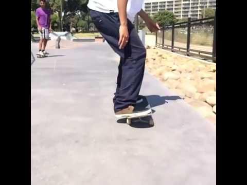 Rail combos @alexis_sm4l 🎥: @davidleoncini | Shralpin Skateboarding