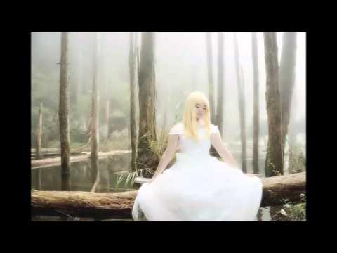 Rurutia - I Keep On Lovin You