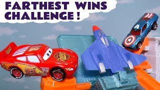 Disney Cars Toys McQueen in Hot Wheels plane challenge with Avengers Hulk & funny Funlings TT4U