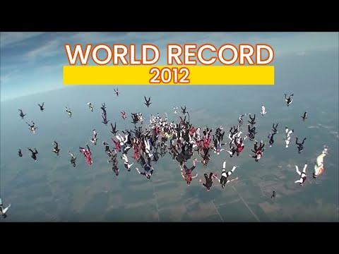The FreeFly World Record 2012 @ Skydive Chicago , by the Soul Flyers