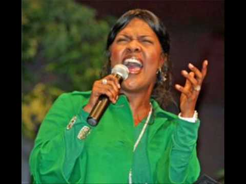 Cece Winans: I Surrender All video