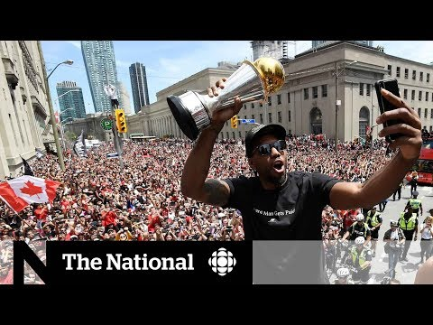 Raptors parade and street party take over Toronto