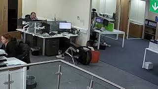 Human 0 Chair 1 - Funny fail @ work