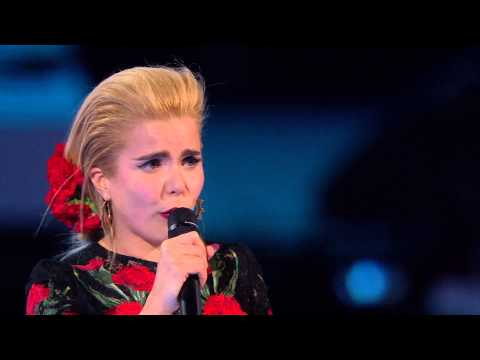 Paloma Faith Wins Best British Female | BRIT Awards 2015