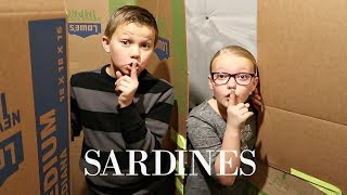 SARDINES IN A BOX FORT MAZE! | Hide and Seek