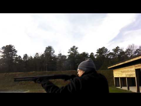 Spinxx Shooting a Mossberg maverick 88 12 gauge