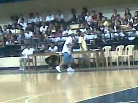 Archie D @ Xavier University (Ateneo de Cagayan).mp4