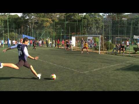 Brazilian street football format - Red Bull Rebatida