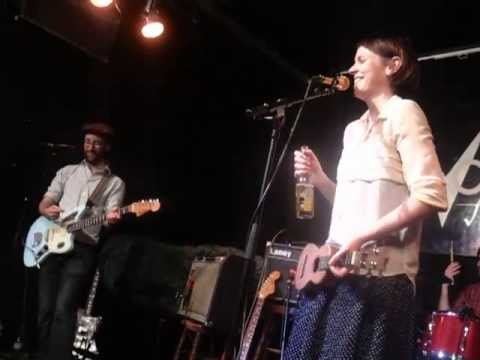 Allo Darlin' - Bright Eyes (Live @ Vortex Jazz Club, London, 03/07/13)