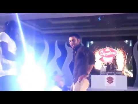 Virat Kohli  And Chris Gayle Dancing For Gangnam Style On the Ramp