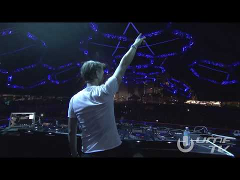 Armin van Buuren live at A State Of Trance 600 Miami (Full HD broadcast by UMF TV) klip izle