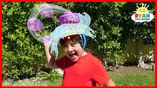Head Splat Water Balloons Challenge with Ryan!!
