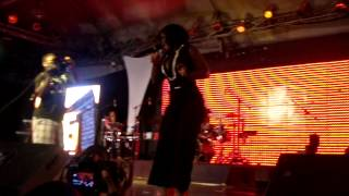Kaakie Performs ''TOO MUCH'' @ DEMARCO Live In Ghana Concert (www.ghamaicans.com)