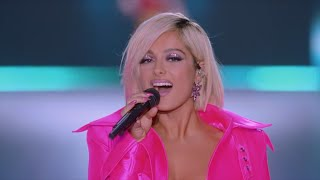 Bebe Rexha I 39 M A Mess Live From The Victoria S Secret 2018 Fashion Show