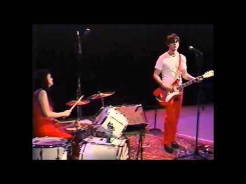 White Stripes - Apple Blossom Live