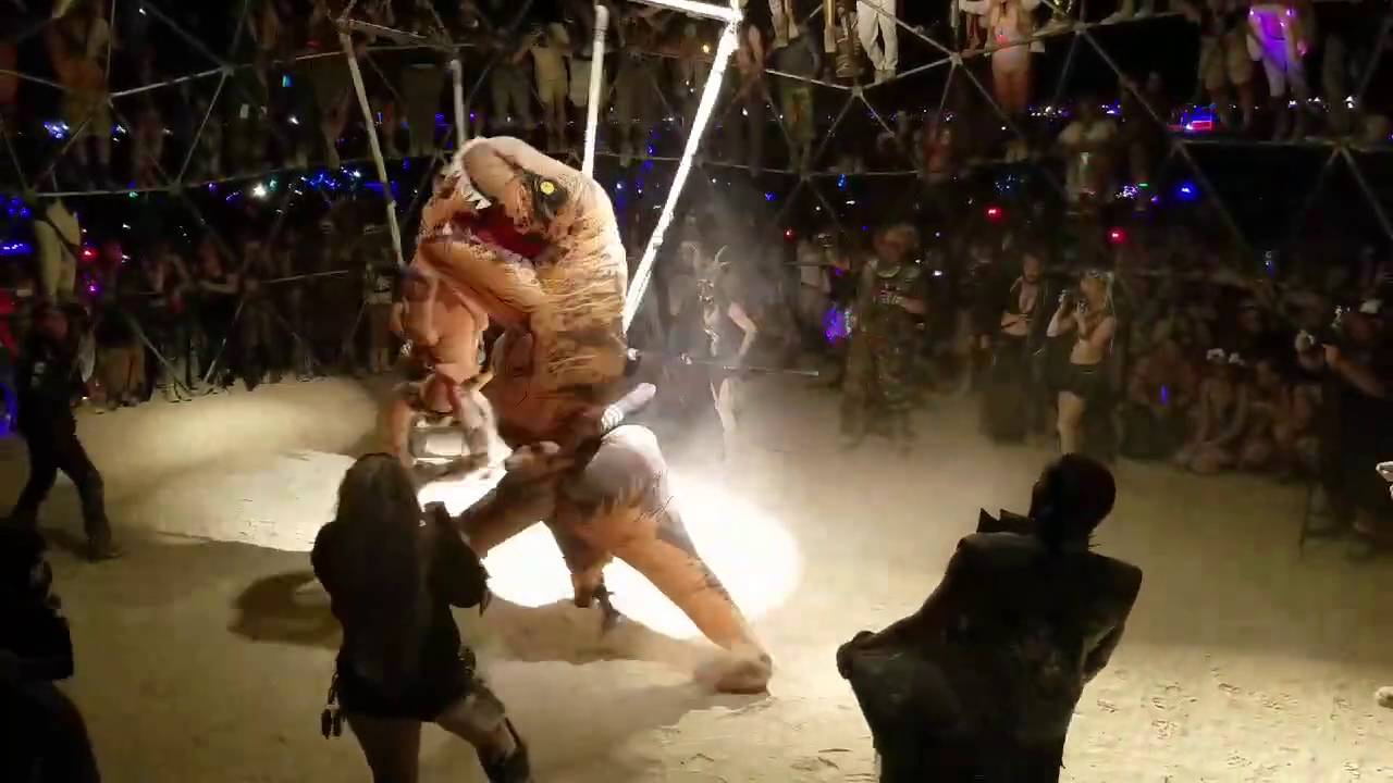 [Underground T-Rex Fight Club Is Terrifyingly Awesome!] Video