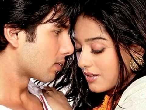 Mujhe haq hai tmse pyaar karnay ka HD Song 2012