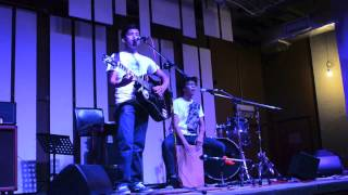 Whirl (Narmi Live Acoustic Cover at The Bee @ Publika) [feat. Peakay Farhan]
