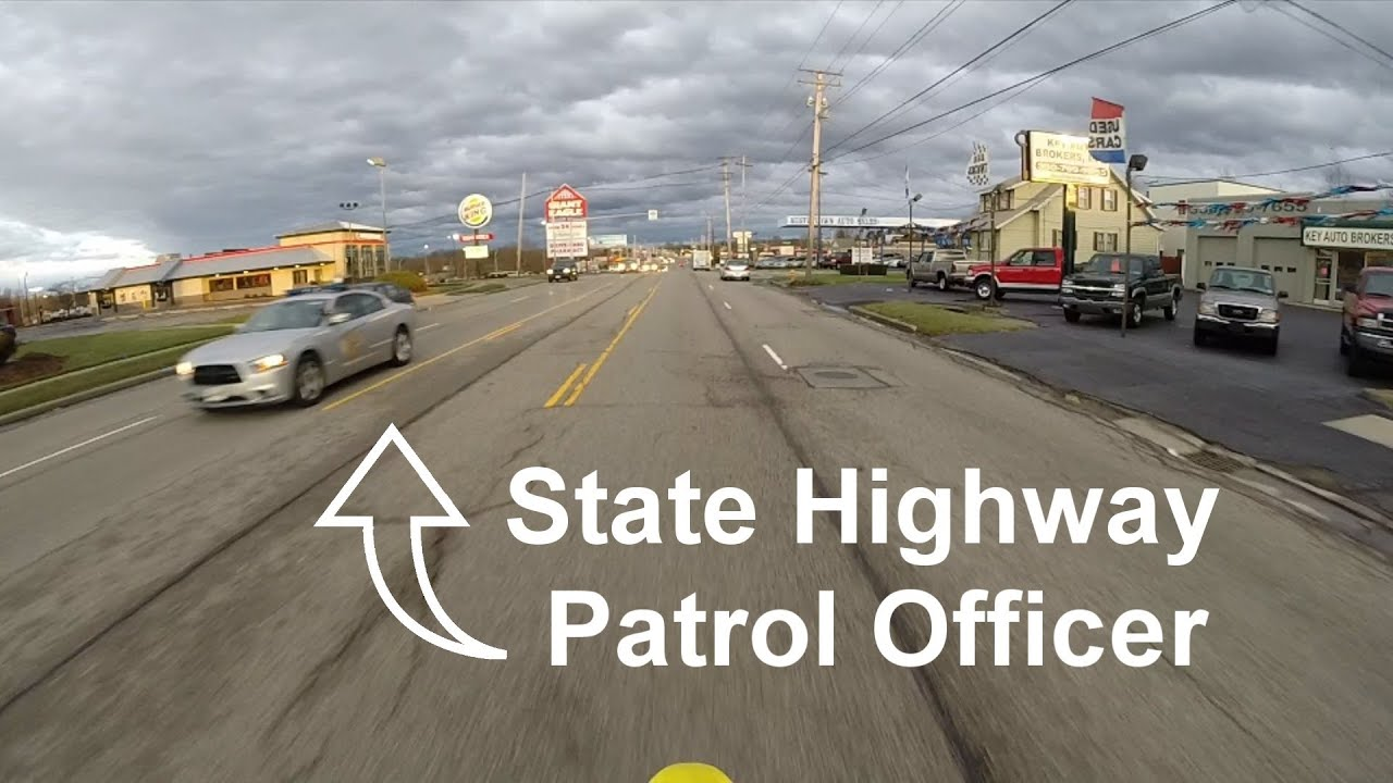 Pulled Over On Highway : Getting pulled over by a state highway patrol officer drz
