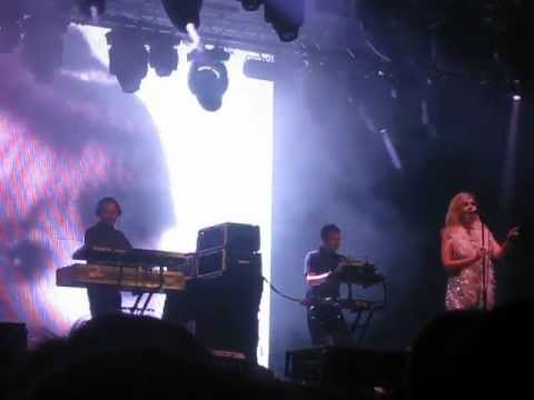 ST. ETIENNE * Burnt Out Car * @ Primavera Sound 2012