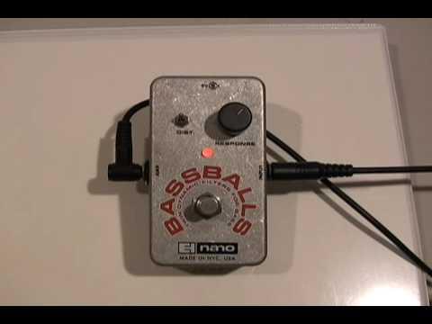 Bassballs - Demo by Dave Weiner - Twin Dynamic Envelope Filter - Electro Harmonix
