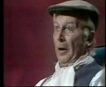 Clive Dunn - Grandad [totp2] Music Videos