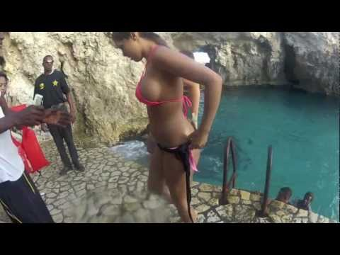 GoPro 2 Official: Cliff Jumping: Rick's Cafe: Negril, Jamaica with the Lost Boyz...