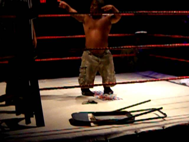 Extreme Midget Wrestling @ Granada Theater (9/14/2011) -- Rampage vs. Little Timmy