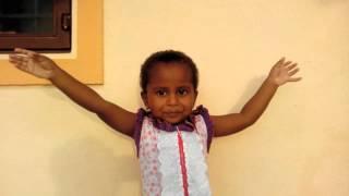 Baby Gunalini Sing Tamil Rhyms - அம்மா இங்கே வா வா Amma Inge Vaa Vaa 28-09-2015