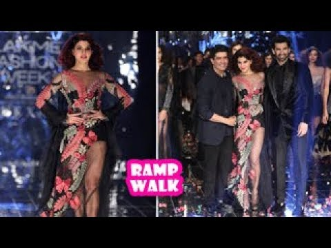 Jacqueline Fernandez And Aditya Roy Kapoor Ramp Walk | Latest Bollywood Movies News 2017