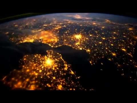 New NASA Earth Video - Walking In The Air (22/Apr/2012)