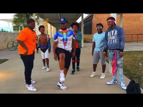 download lagu B R A N D O - My Walk gratis