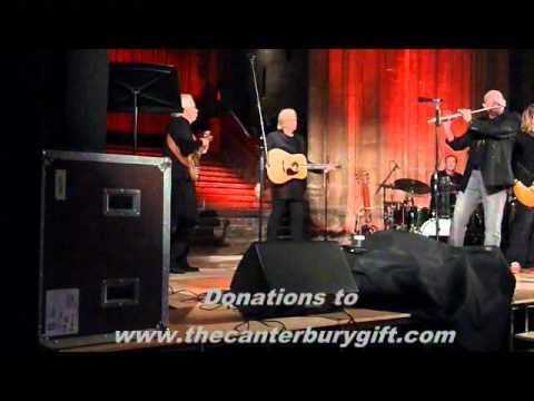 Justin Hayward, Bruce Dickinson&Ian Anderson - Canterbury Catherdral 10 Dec 2011 Finale