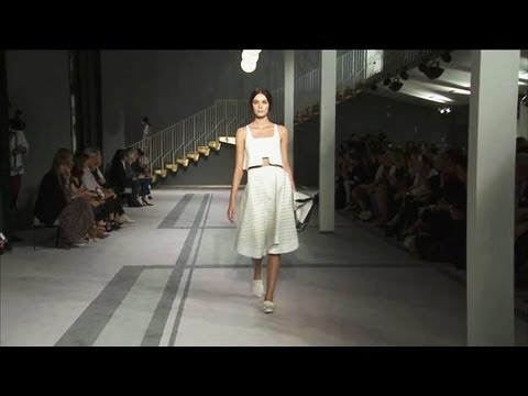 Tod's Spring/Summer 2014 - Videofashion