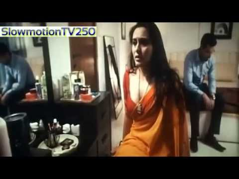 Rani Mukarji Hot And Sexy Boobs video