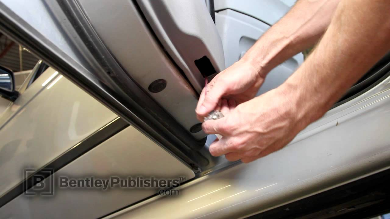 BMW 5 Series (E39) 1997-2003 - Rear door panel - DIY ...