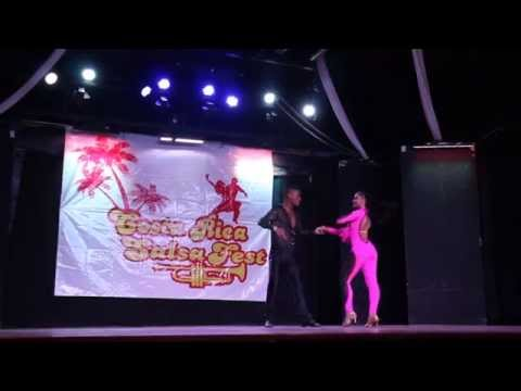 Omar y Alisson Costa Rica Salsa Fest Bachata (She he say to love you)