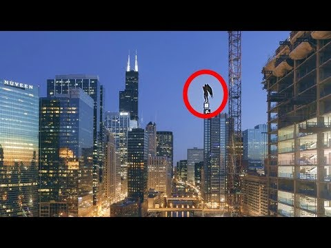 People Witness Flying Insect Like Humanoid On Chicago's Willis Tower