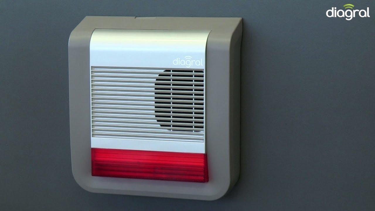 diagral installation de la sir ne flash ext rieure youtube. Black Bedroom Furniture Sets. Home Design Ideas