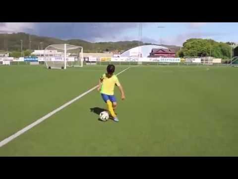 Skill Ajaib Pemain Sepakbola Anak Kecil Umur 8 Tahun Calon Penerus Cristiano Ronaldo