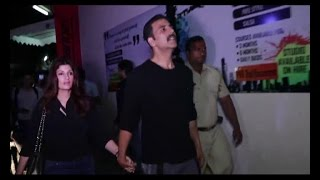 Akshay Kumar, Twinkle Khanna, Hrithik Roshan & Others At The Special Screening Of 'KAABIL'