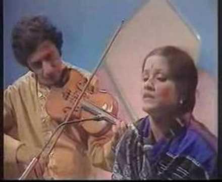 Haimanti Shukla (Hemlata) - Piya Chhaye Madhuban Mein
