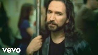 Marco Antonio Solis Video - Marco Antonio Solís - O Me Voy O Te Vas