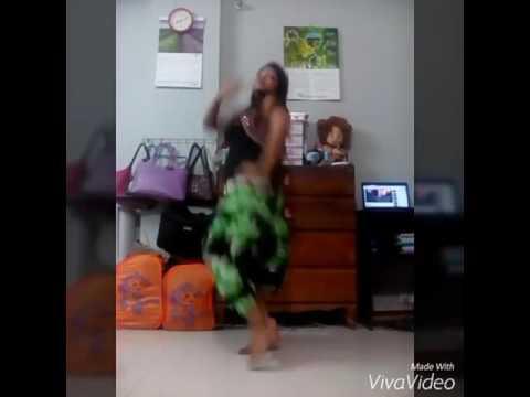 Sexy Dance with hindi song by Sadia thumbnail